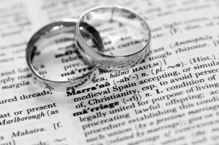 Difference between married and defacto